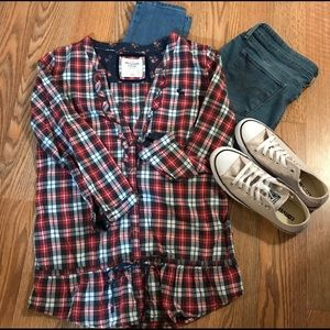 Rare Plaid and Roses 🌹 Abercrombie & Fitch Top